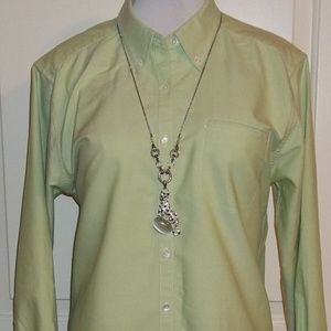 Ladies celery long sleeved buttoned top EUC